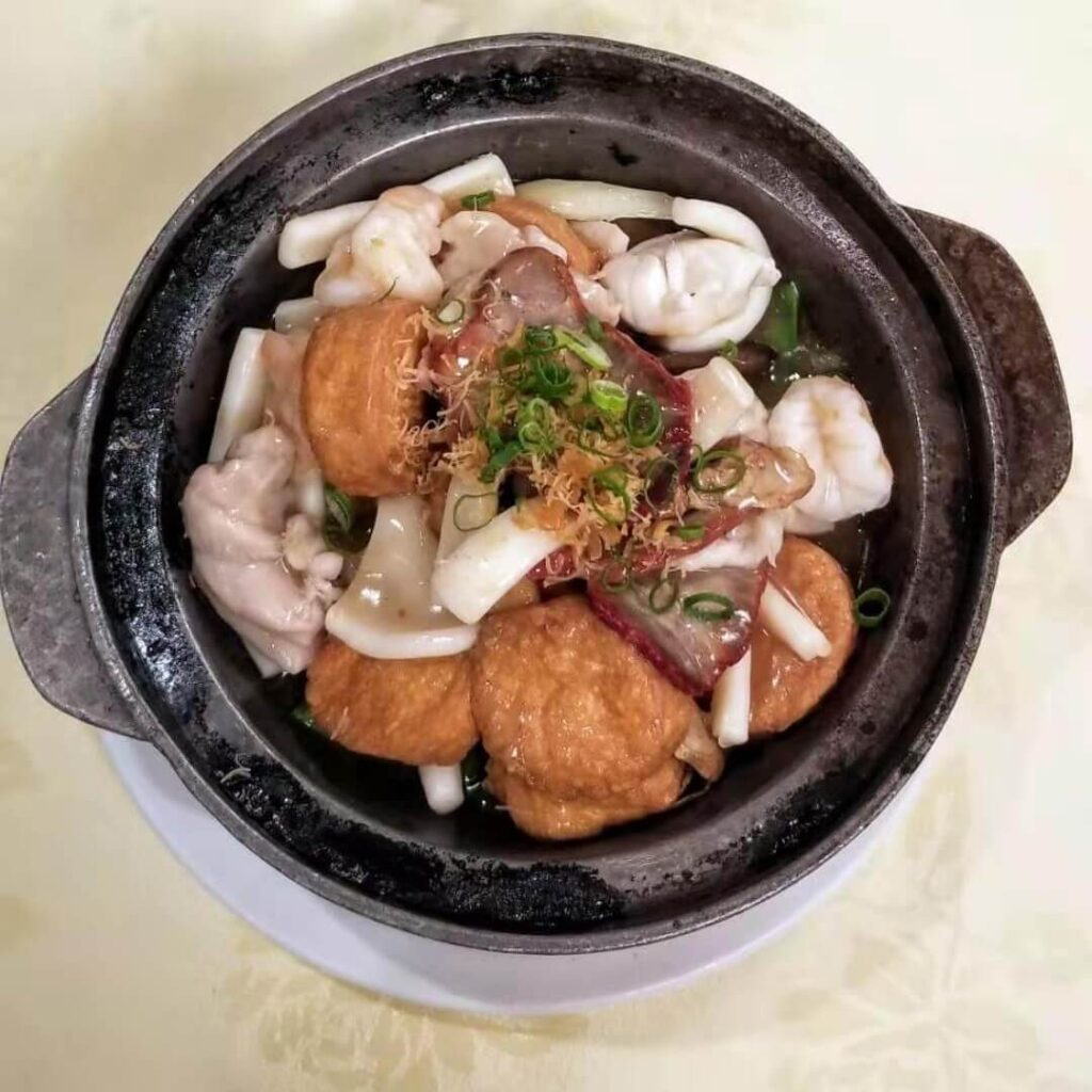 lee yuen seafood restaurant assorted seafood and meat with tofu hot pot